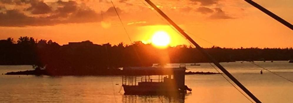 cropped-sunset-mauritius1.jpg